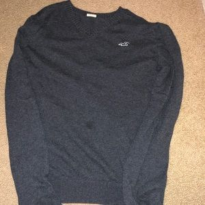 Grey Hollister sweater (medium)